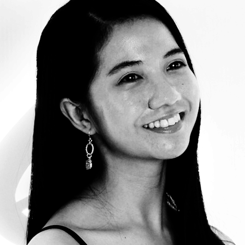 Therese Lim | Features Writer | Clozette