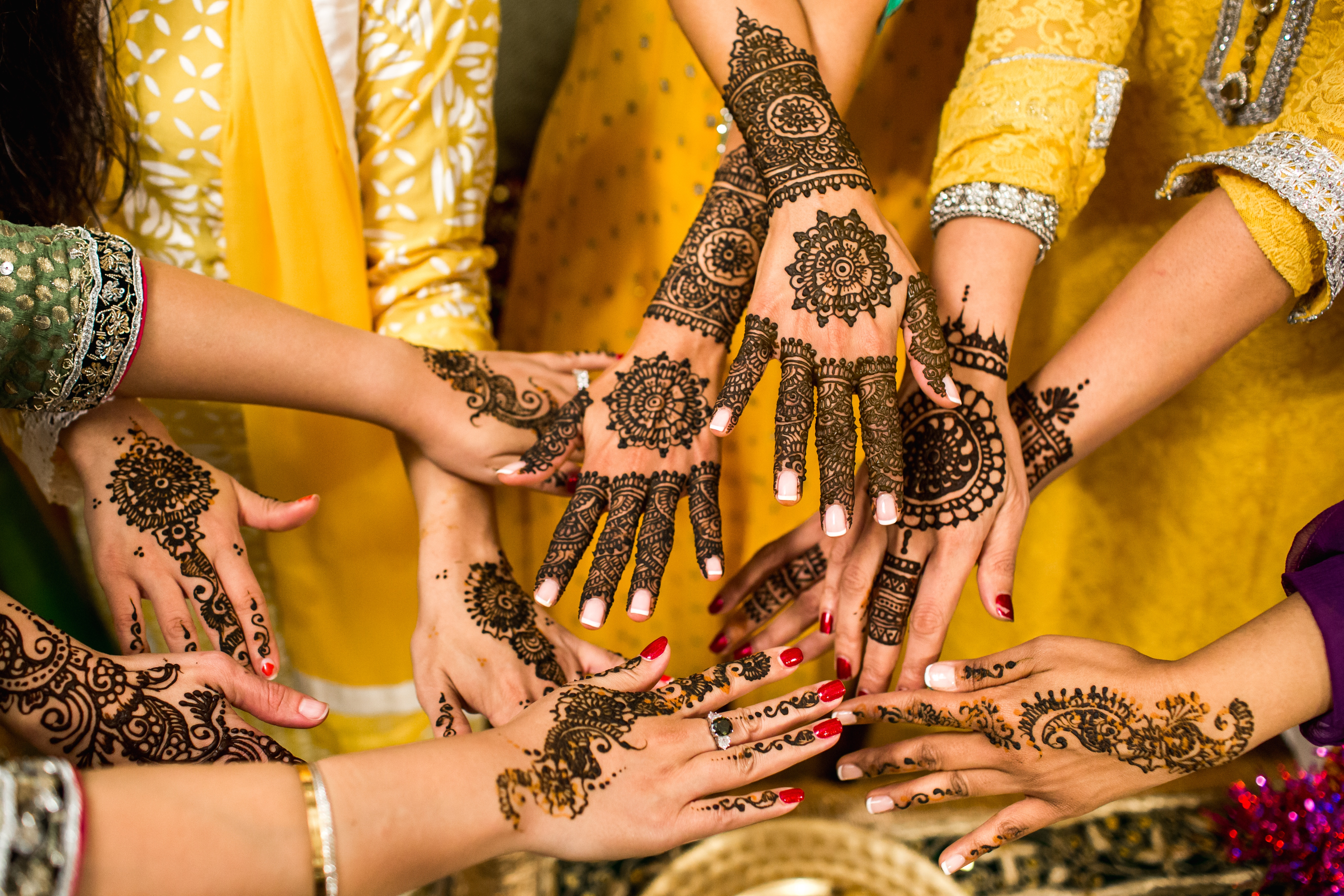 Women with mehndi