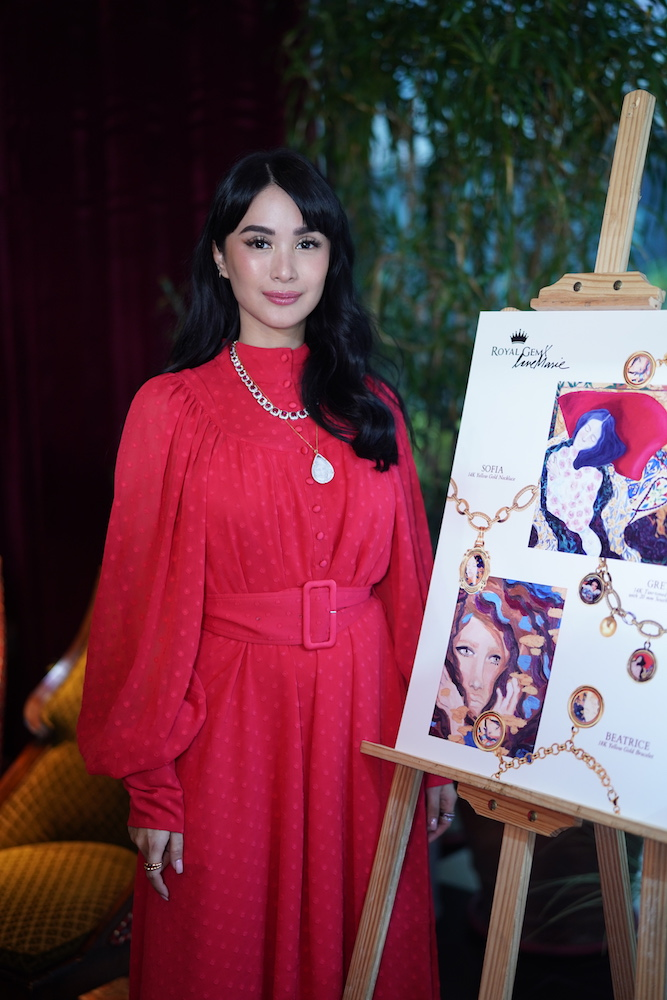 Heart Evangelista Love Marie Royal Gem Launch