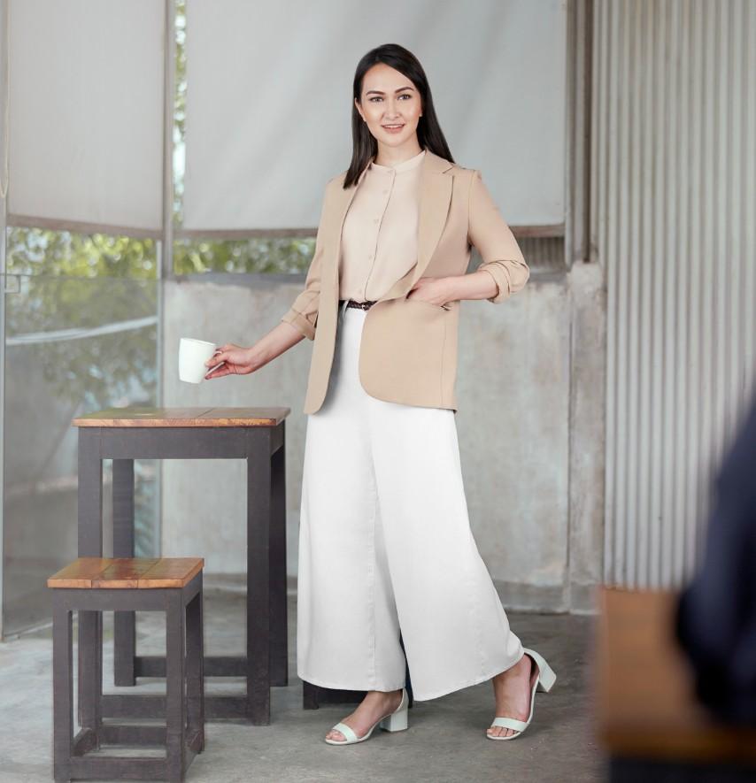 Tampil Penuh Gaya Saat Kembali Ke Kantor Dengan Inspirasi Smart Office Wear Dari Uniqlo
