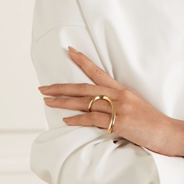 A photo of the Anne Manns Gold Peri Ring when worn.